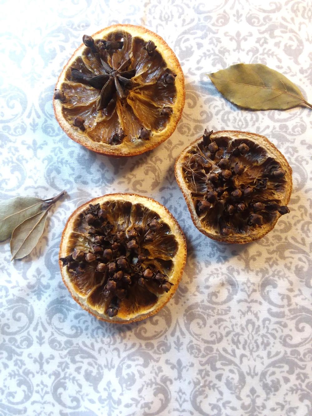 Clove Studded Dried Oranges Potpourri
