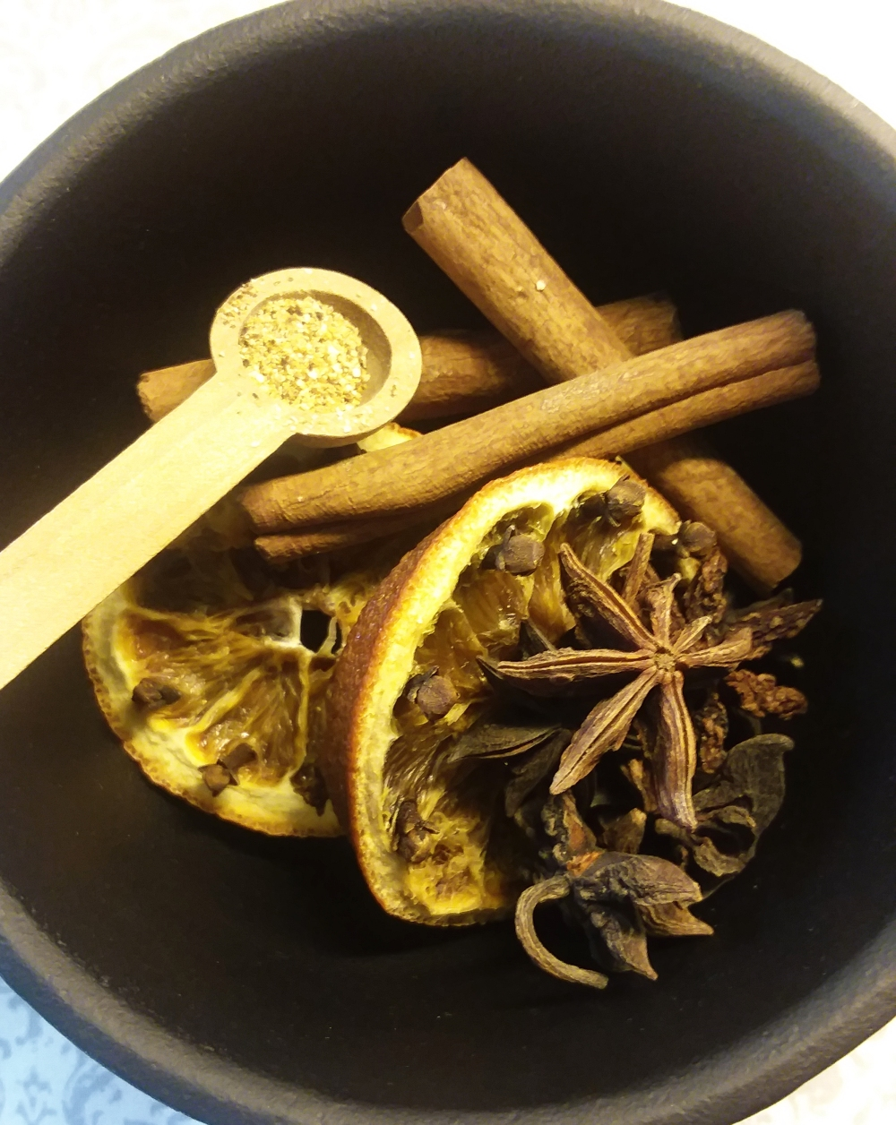 Dried Orange and Clove Simmering Potpourri Recipe